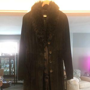 Banana Republic suede long coat with fur collar